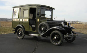 Exterior of the 1931 U  S  Mail Truck